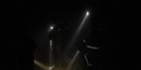 男子被落石砸中被困深山 杭州桐庐消防徒步救援 - 消防网