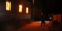 凌晨三间民房起火燃烧猛烈 内蒙古库伦消防两小时成功扑灭 - 消防网