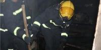 电动车充电不慎引发火灾 内蒙古乌海消防到场成功处置 - 消防网